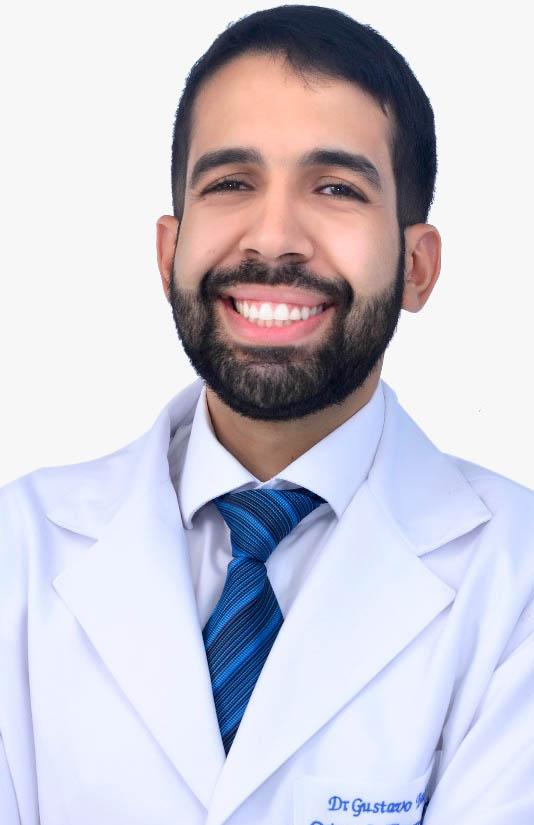 Dr. Gustavo Santana
